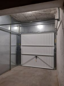 Porte de box par Domalu à Montpellier